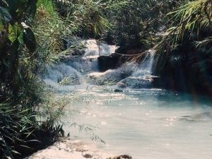 Laos travel tips, things to know before visiting Laos, facts about Laos,