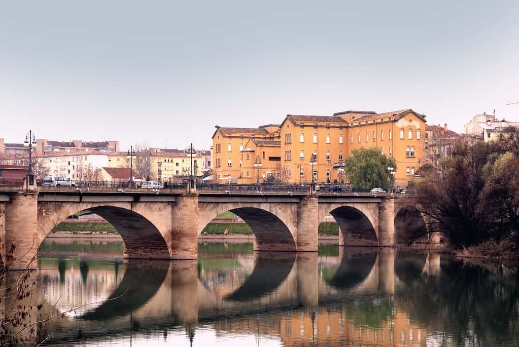 Stone Bridge, things to do in Logroño, Logroño tourist spots