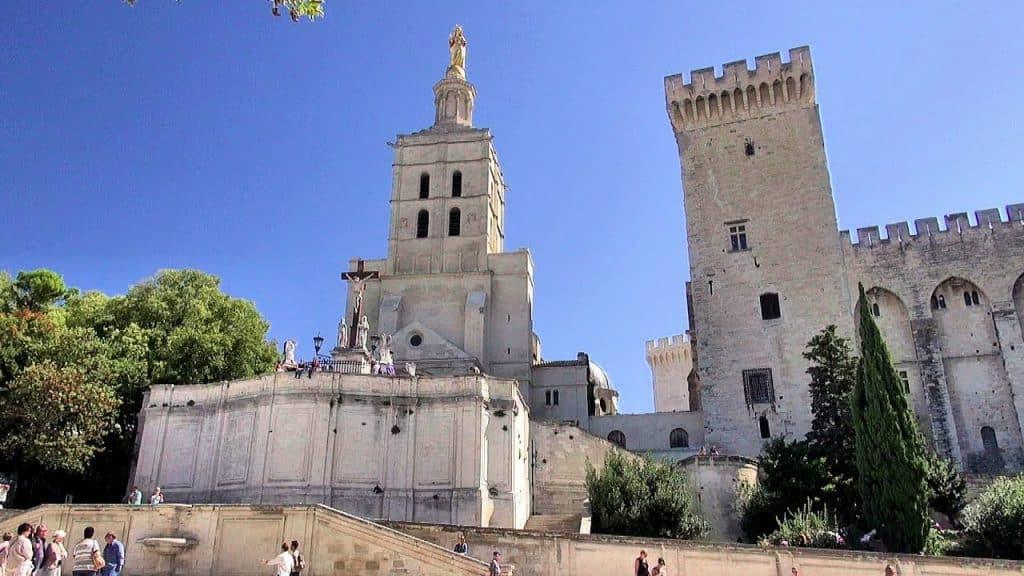 Things to do in Avignon, Avignon Tourist Spots, Cathédrale Notre-Dame-des-Doms