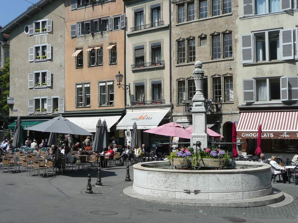 Things to do in Geneva, Geneva tourist spots, Place du Bourg-de-Four