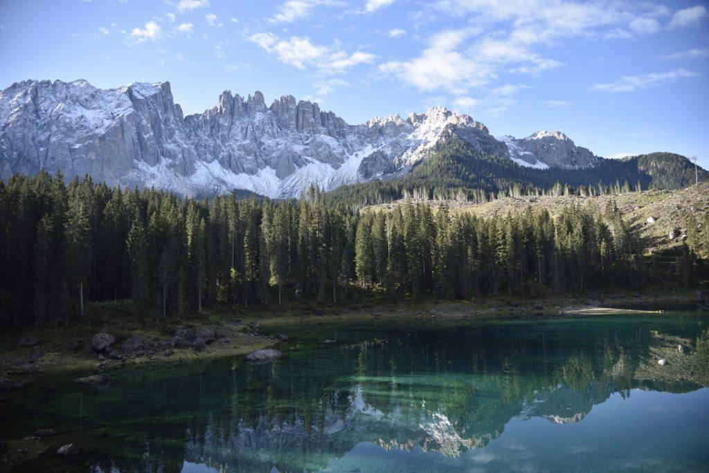 lake of carezza, lago di carezza, carezza lake, lake carezza, things to do in lago di carezza, how to get to lago di carezza, best time to visit Lago di Carezza