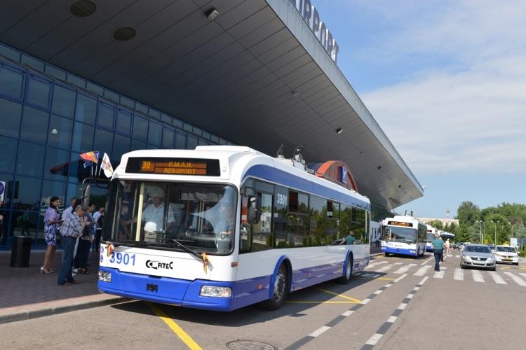 Moldova Bus Airport, moldova airport to city, chisinau airport to city, How To Get From Chisinau Airport to City Center, The Express Bus 30 Chisinau airport