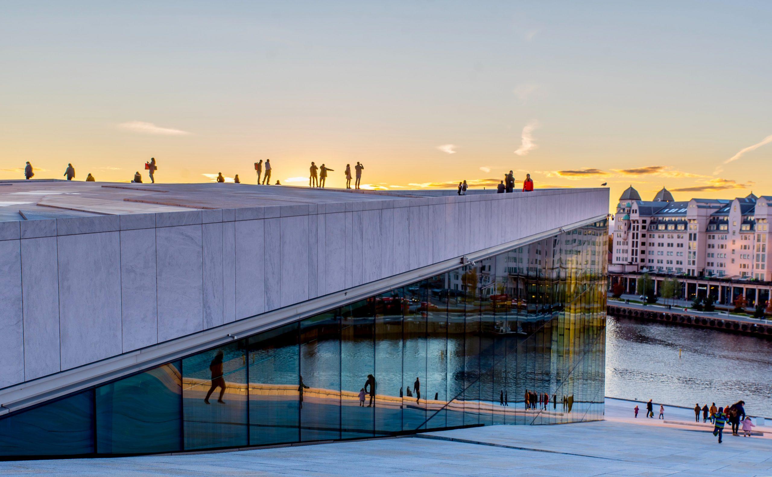 oslo airport to city, oslo airport to city center, oslo airport bus, train oslo airport to city, How To Get From Oslo Airport to City Center
