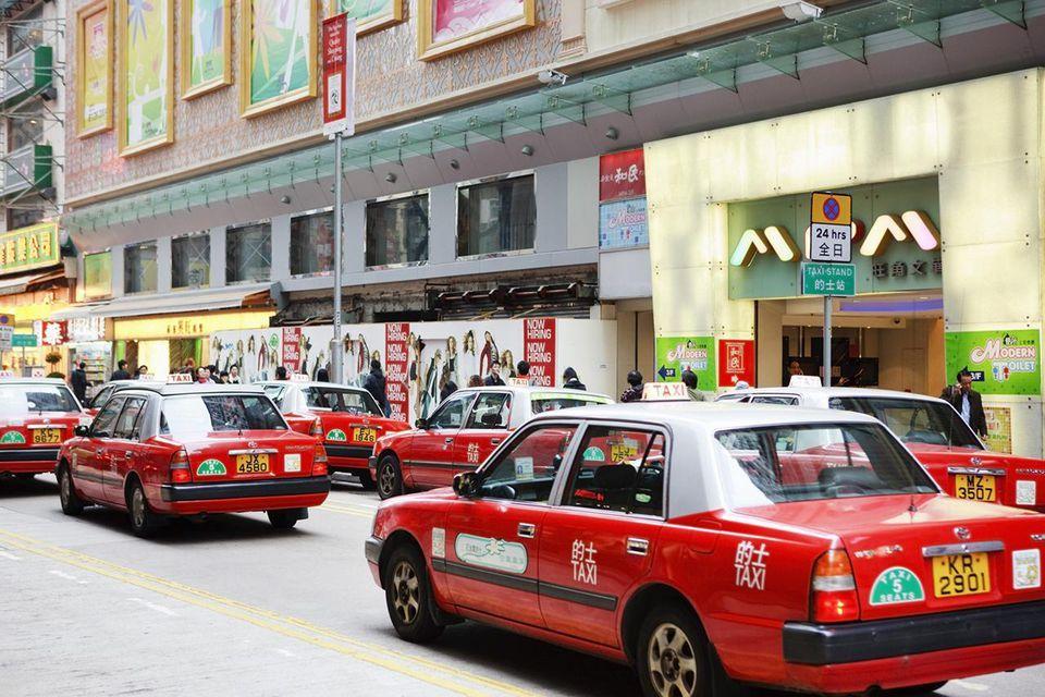 Taxi from Hong Kong Airport hong kong airport to city, hong kong airport to city center, How To Get From Hong Kong Airport to City Center