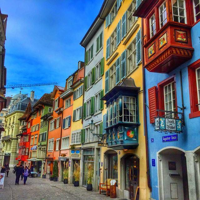 most instagrammable places in zurich, instagrammable spots Zurich, Augustinergasse
