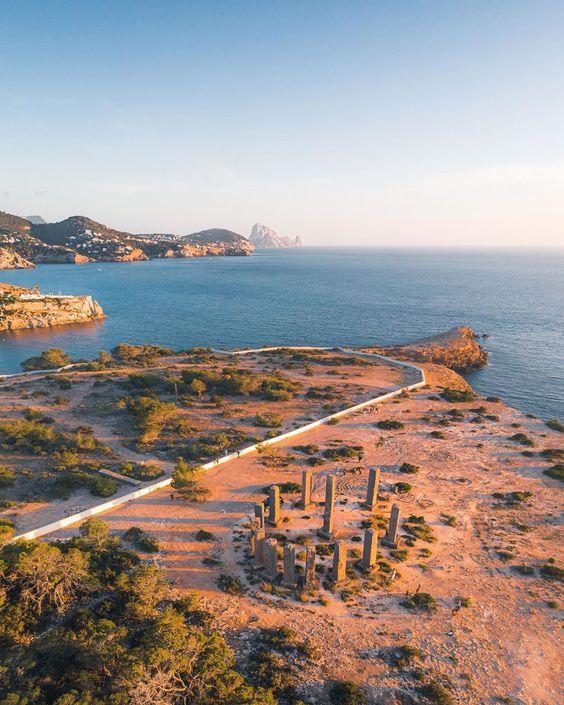 Cala Llentia, instagrammable places in ibiza, Ibiza instagram spots