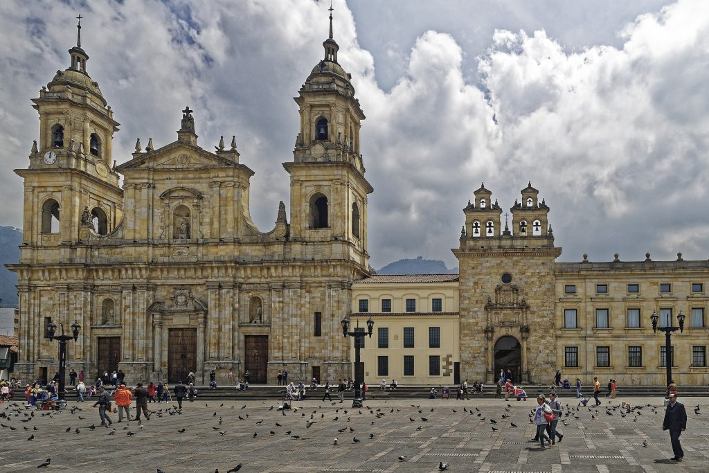 Colombia travel tips, things to know before visiting Colombia, facts about Colombia, Bogota