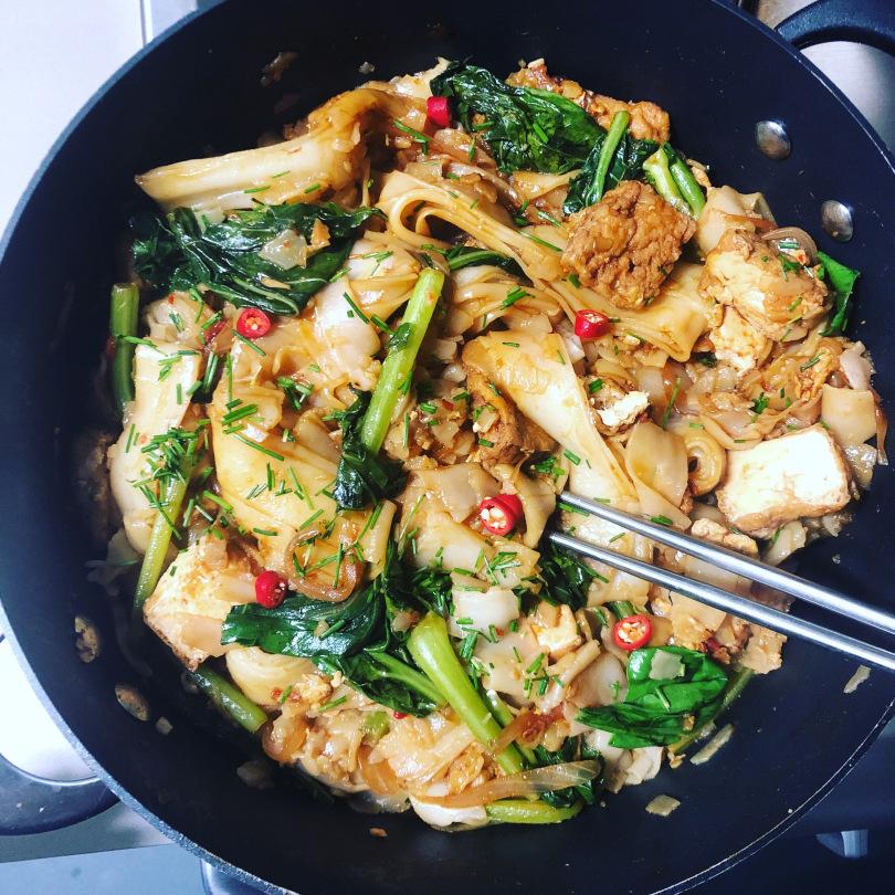 Vegetarian Food In Malaysia, vegan food in Malaysia, vegetarian dishes in Malaysia, Malaysian Vegetarian Dishes, Char Kuey Teow