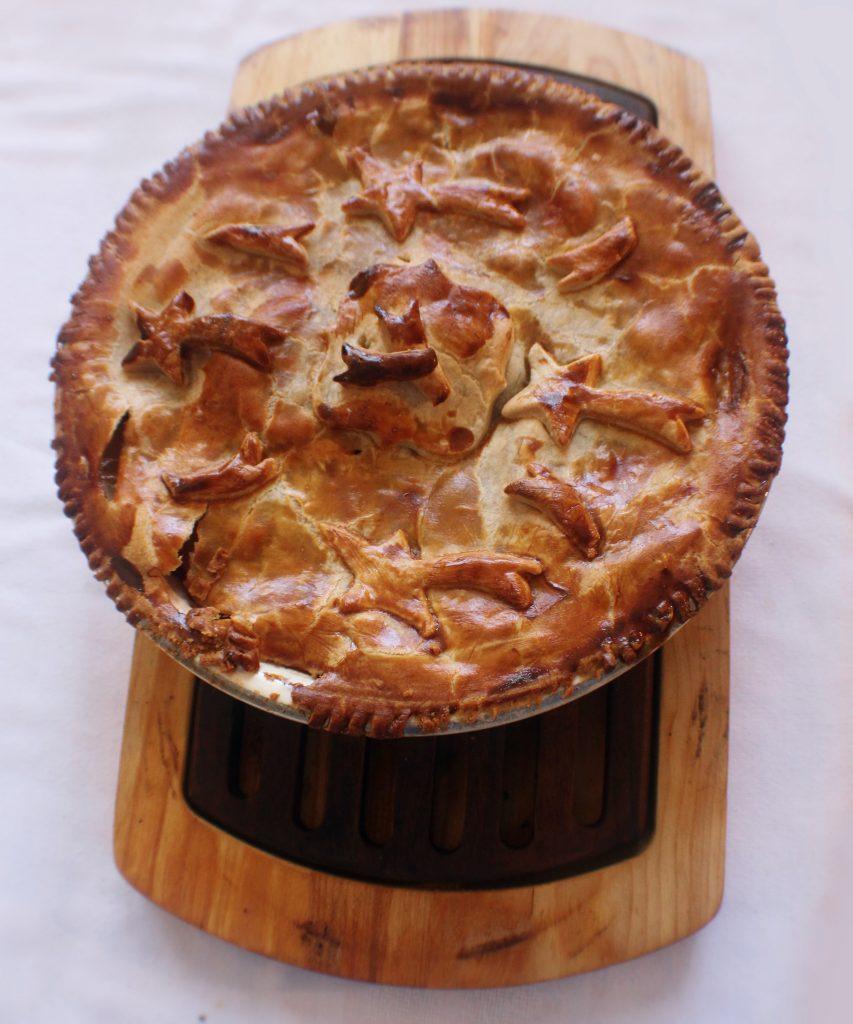 swiss breakfast, breakfast in Switzerland, Pastetli (Meat pie)