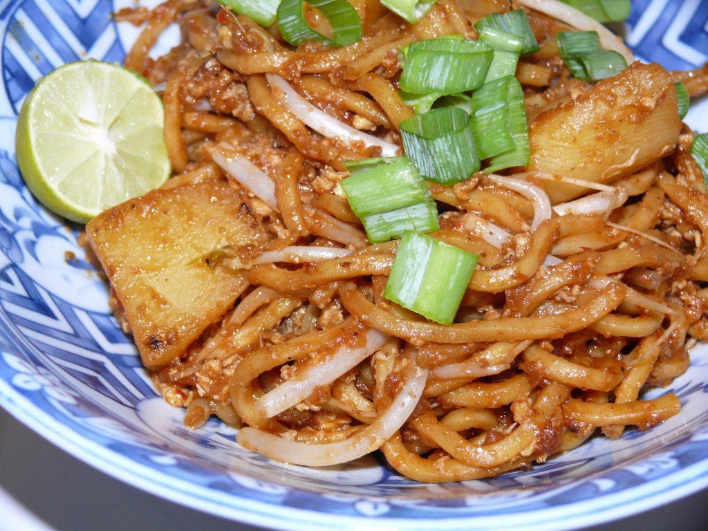 Vegetarian Food In Malaysia, vegan food in Malaysia, vegetarian dishes in Malaysia, Malaysian Vegetarian Dishes, Mee Goreng