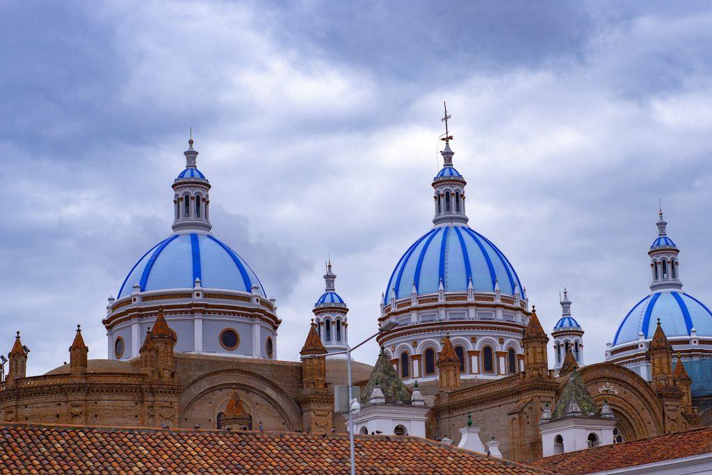 Ecuador Travel Tips, things to know before visiting Ecuador, facts about Ecuador, Cuenca