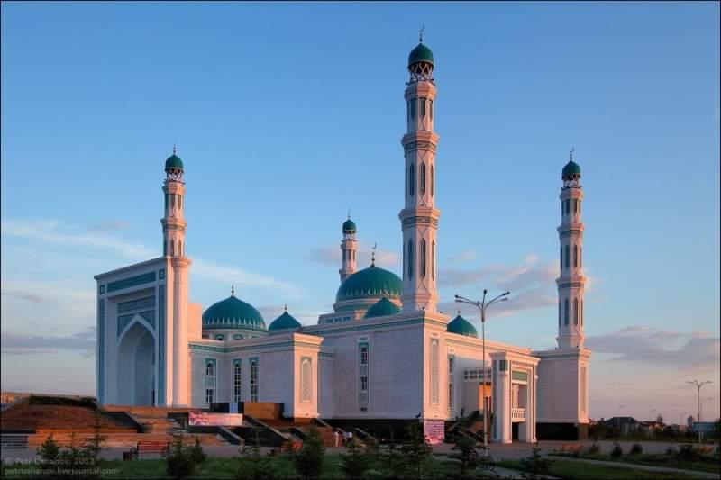 Kazakhstan travel tips, things to know before visiting Kazakhstan, facts about Kazakhstan, Karaganda