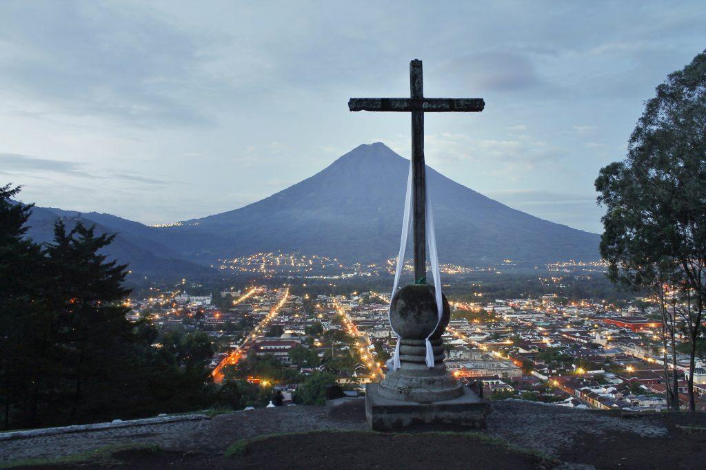 most instagrammable places in Guatemala, instagrammable spots Guatemala, Cerro de la Cruz