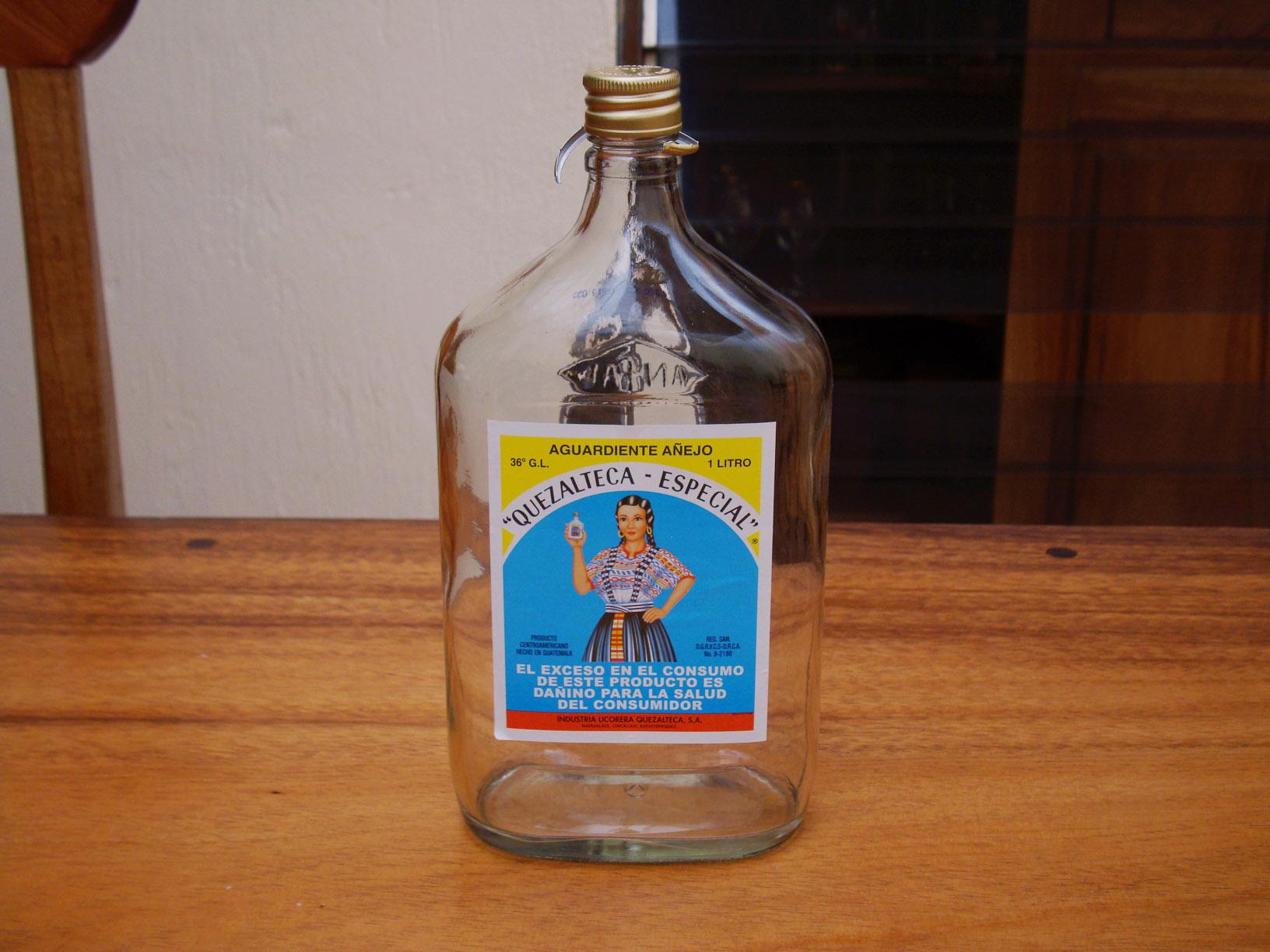 Drinks in Guatemala, drinks in Guatemala, Guatemalan drinks, Quetzalteca