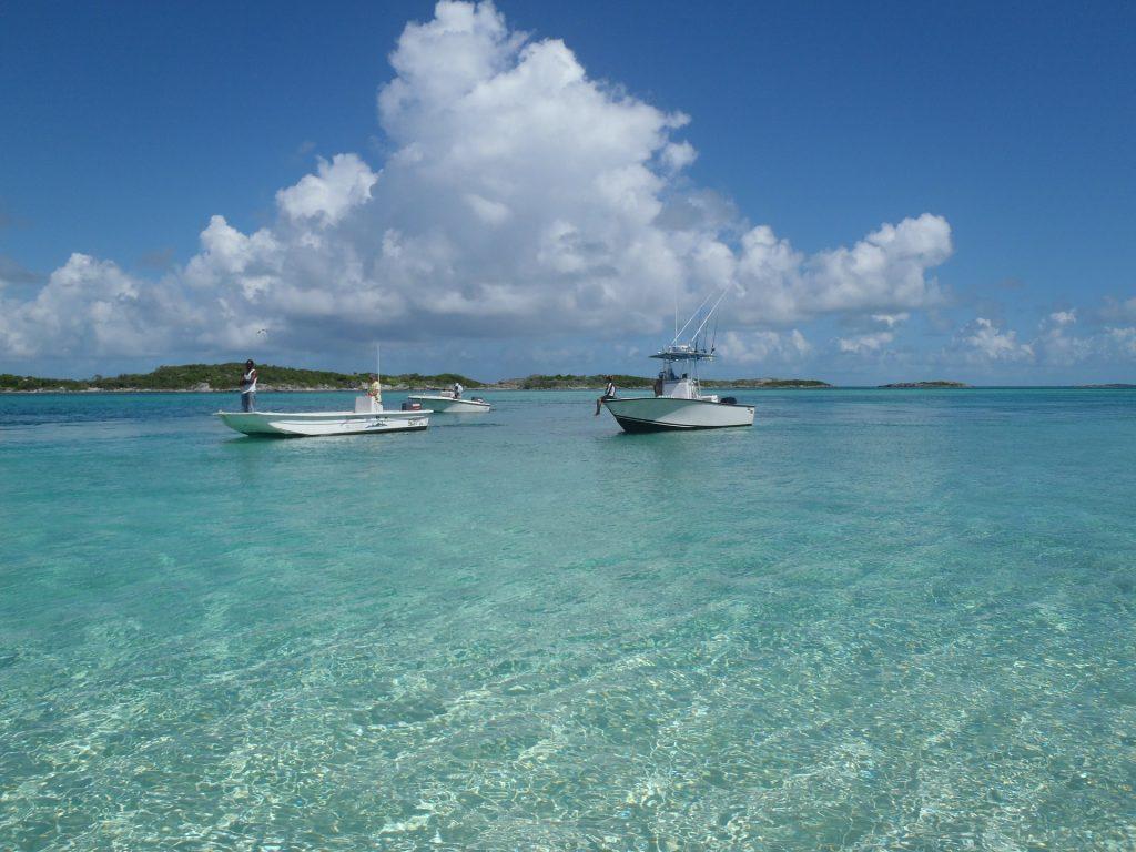 Bahamas Travel Tips, things to know before visiting Bahamas, facts about Bahamas, Transportation in Bahamas