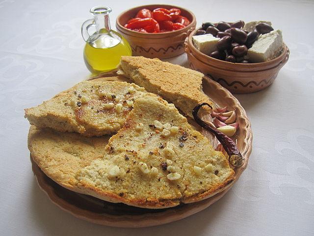 Bukë misri, food in Albania, Albanian food, albanian dishes, Albanian cuisine, traditional food in Albania