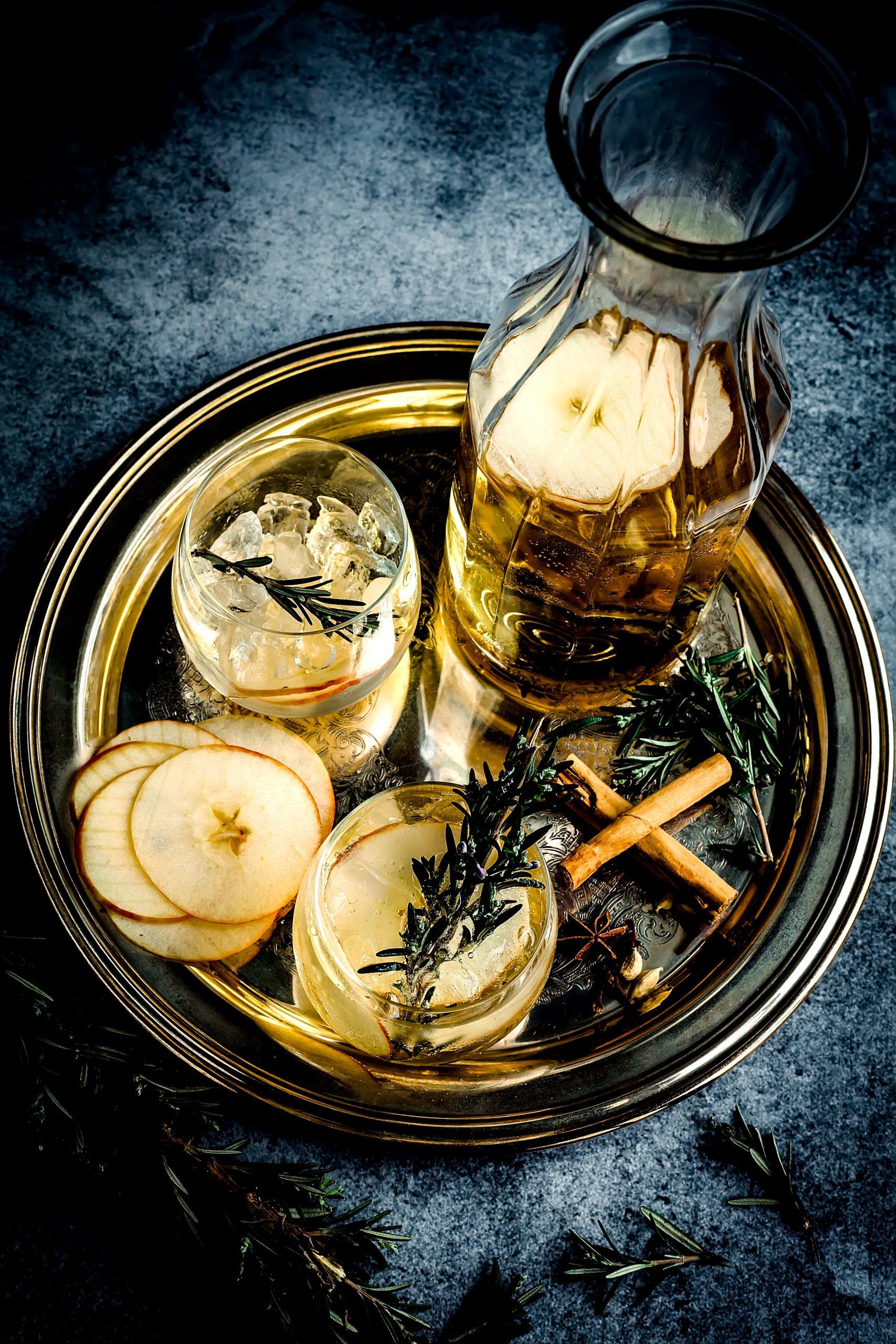 Greek drinks, drinks in Greece, Greek Beverages, beers in Greece, Greek Cider