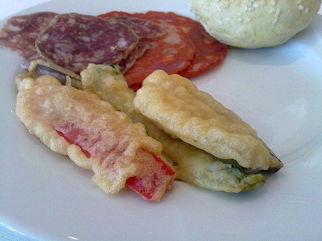 Peixinhos da horta, Portuguese Food, Portuguese cuisine, traditional Portuguese food, food in Portugal, Portuguese dishes