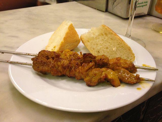 Pinchos morunos, Spanish Food, spanish cuisine, traditional spanish food, food in Spain, Spanish dishes