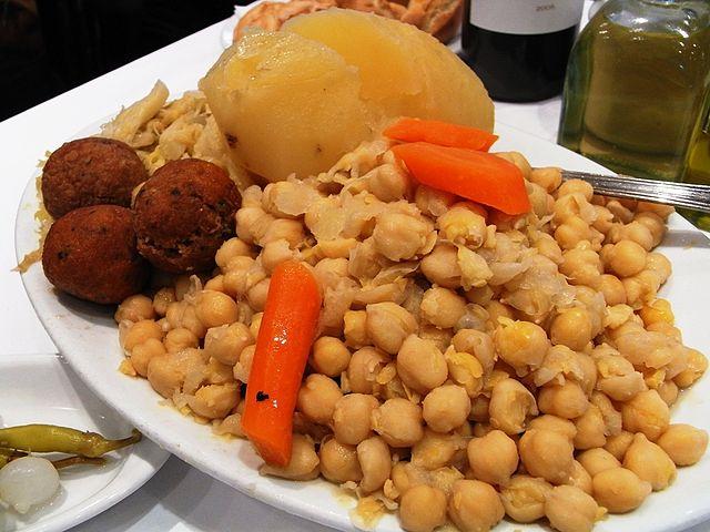 Cocido madrileno, Spanish Food, spanish cuisine, traditional spanish food, food in Spain, Spanish dishes