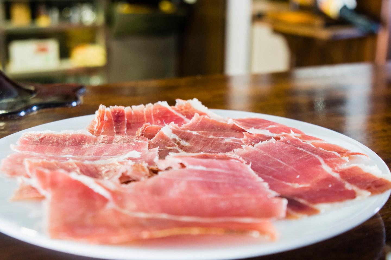 Porco Preto, Portuguese Food, Portuguese cuisine, traditional Portuguese food, food in Portugal, Portuguese dishes