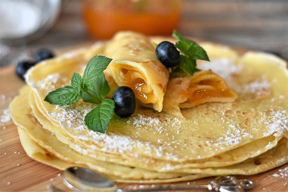 German Food, German cuisine, Traditional German Food, food in Germany, German dishes, German desserts, desserts in Germany, Eierkuchen
