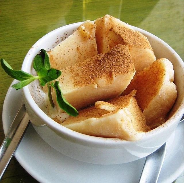 Peruvian Food, Peruvian cuisine, Traditional Peruvian Food, dessert in Peru, Peruvian dessert, Queso helado