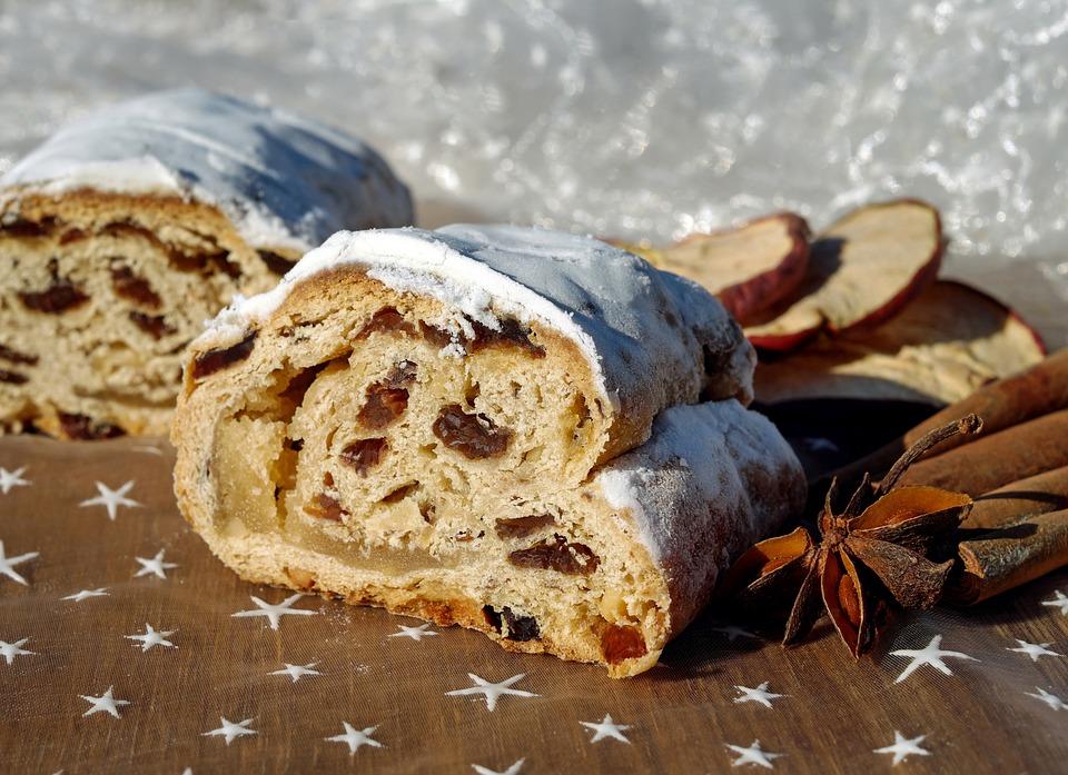 German Food, German cuisine, Traditional German Food, food in Germany, German dishes, German desserts, desserts in Germany, Stollen
