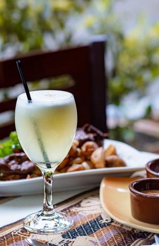 Peruvian Food, Peruvian cuisine, Traditional Peruvian Food, drinks in Peru, Peruvian drinks, Pisco Sour