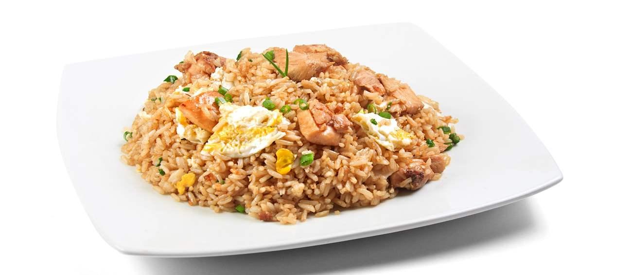 Peruvian Food, Peruvian cuisine, Traditional Peruvian Food, food in Peru, Peruvian dishes, Arroz chaufa