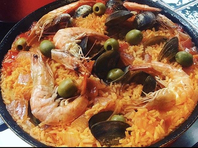 Peruvian Food, Peruvian cuisine, Traditional Peruvian Food, food in Peru, Peruvian dishes, Arroz con camarones
