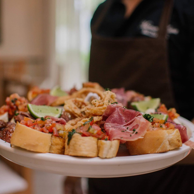 restaurants in punta cana, best restaurants in punta cana, punta cana food, where to eat in punta cana, bar trattoria mamma luisa