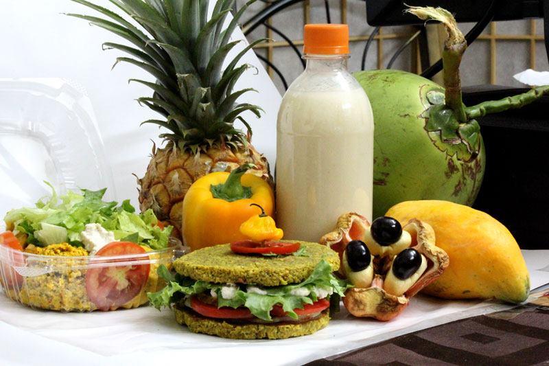restaurants in ocho rios 2400, best restaurants in ocho rios 170, ocho rios food, where to eat in ocho rios, Mi Hungry Whol' Some Food