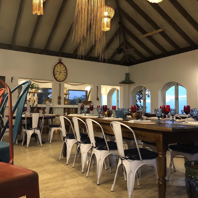 restaurants in ocho rios 2400, best restaurants in ocho rios 170, ocho rios food, where to eat in ocho rios, Miss T's Kitchen