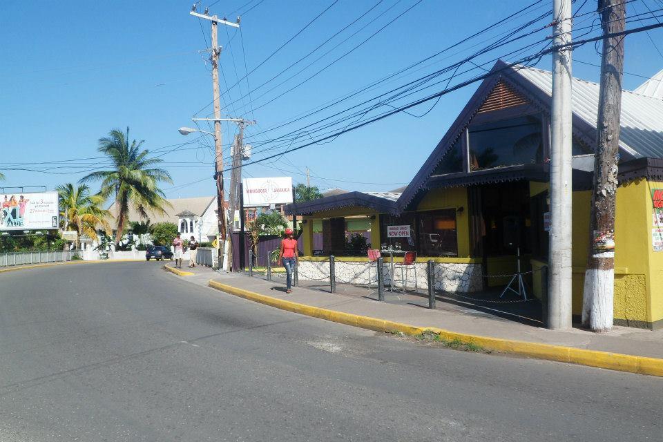 restaurants in ocho rios 2400, best restaurants in ocho rios 170, ocho rios food, where to eat in ocho rios, Mongoose Jamaica