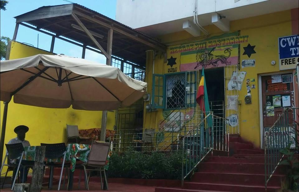 restaurants in ocho rios 2400, best restaurants in ocho rios 170, ocho rios food, where to eat in ocho rios, Reggae Pot Restaurant