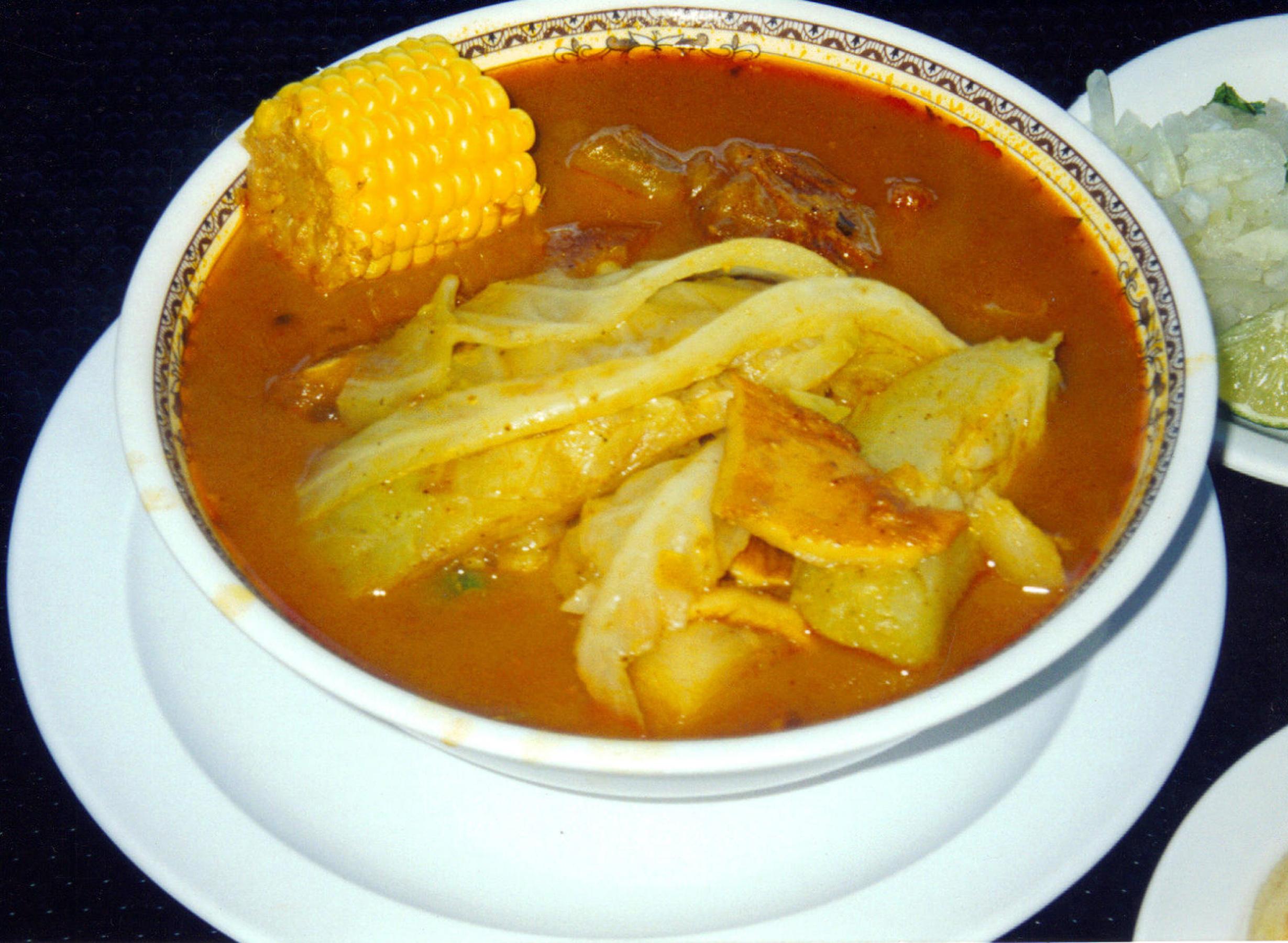 Sopa de Pata (Cow's Feet Soup), Panamanian Food, Panamanian cuisine, Traditional Panamanian Food, food in Panama, Panamanian dishes