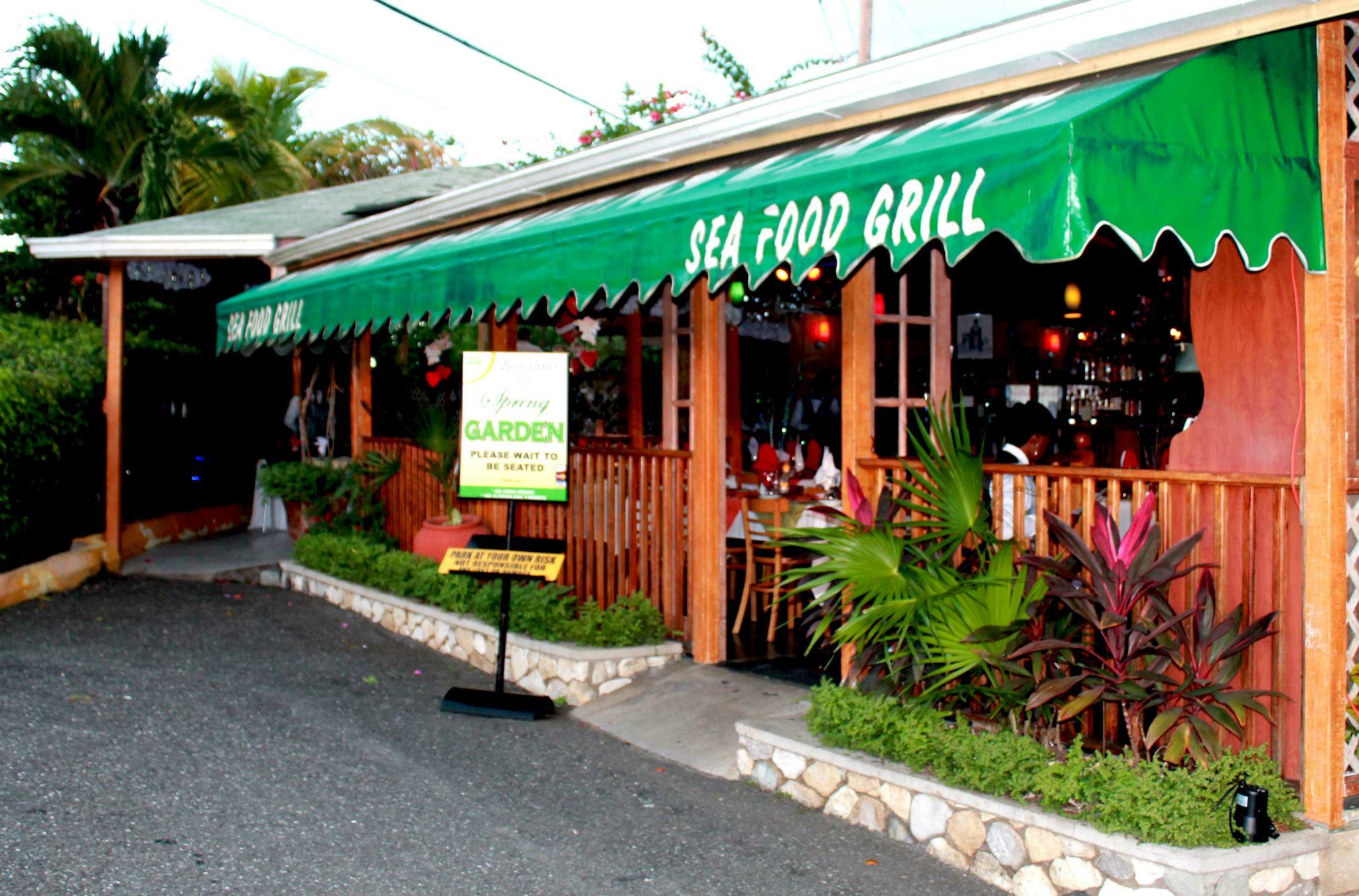 restaurants in ocho rios 2400, best restaurants in ocho rios 170, ocho rios food, where to eat in ocho rios, Spring Garden Seafood & Steakhouse