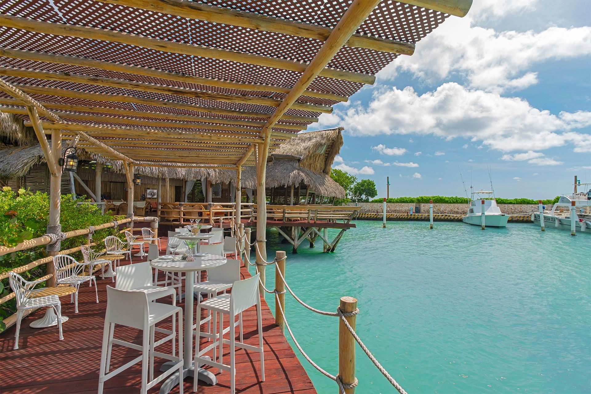 restaurants in punta cana, best restaurants in punta cana, punta cana food, where to eat in punta cana, la yola