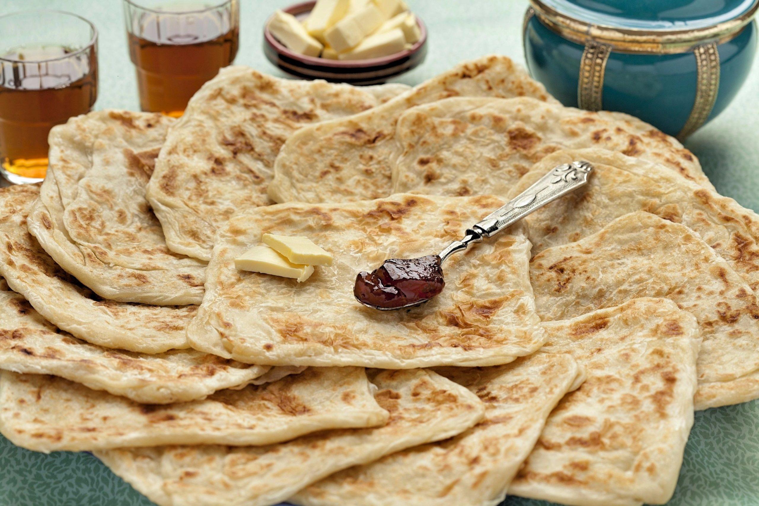 Tunisian snacks, Traditional Tunisian snacks and desserts, Tunisia snacks, Tunisia desserts, traditional snacks and desserts in Tunisia, Tunisian desserts, msemen