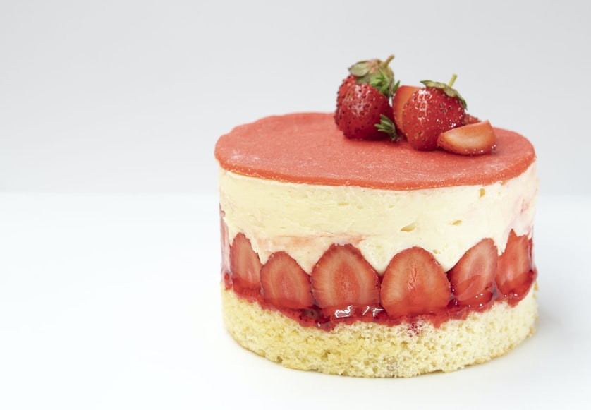 French dishes, French snacks, French cuisine, food in france, traditional French desserts, france desserts, france snacks, strawberry fraisier