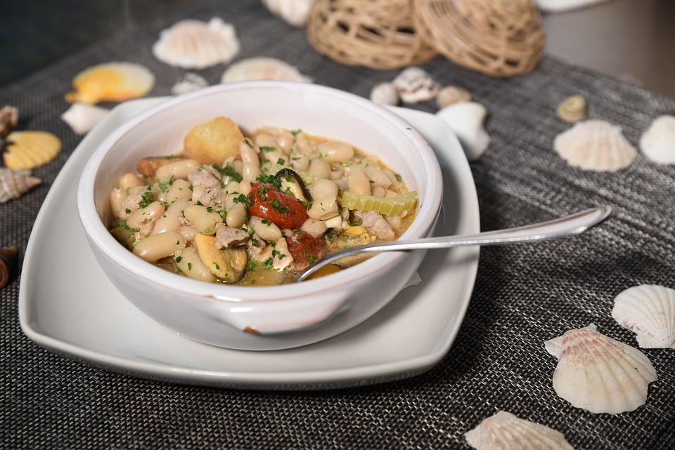 Tunisian Food, Traditional Tunisian Food, Tunisia food, Tunisia cuisine, traditional food in Tunisia, Tunisian cuisine, Tunisia dishes, Tunisian dishes, lablabi