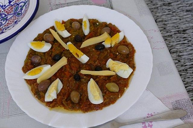 Tunisian Food, Traditional Tunisian Food, Tunisia food, Tunisia cuisine, traditional food in Tunisia, Tunisian cuisine, Tunisia dishes, Tunisian dishes, mechouia salad